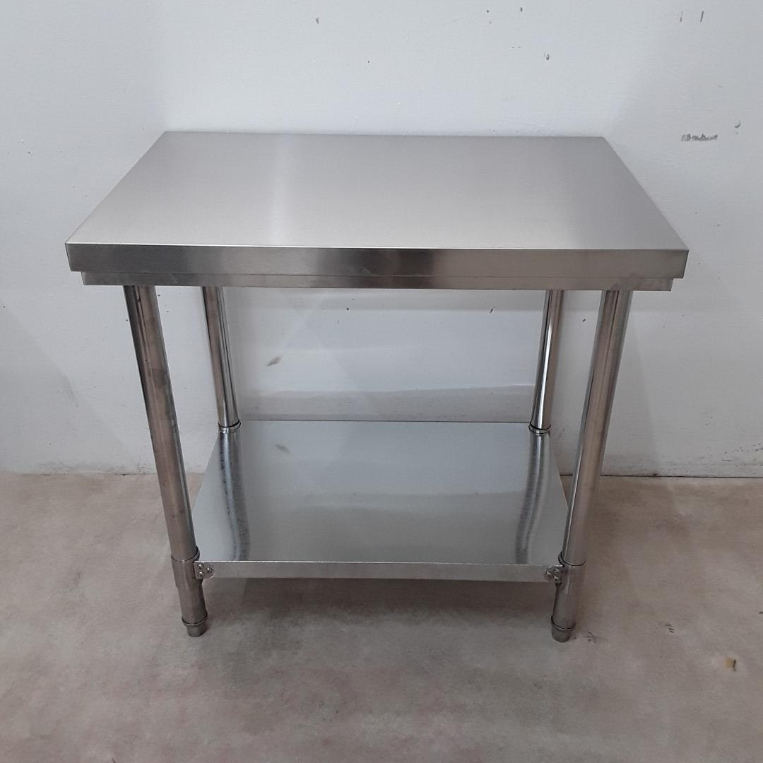 Brand New Diaminox 900 Stainless Steel Table For Sale
