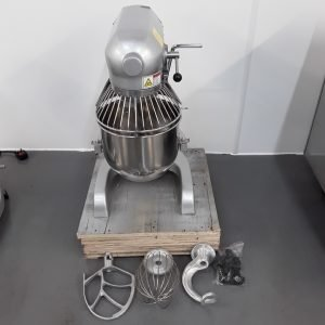 New B Grade Buffalo GL190 Planetary Mixer 9L For Sale