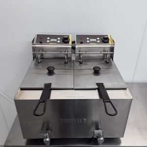 Used Buffalo GH127 Double Fryer Table Top 8 L For Sale