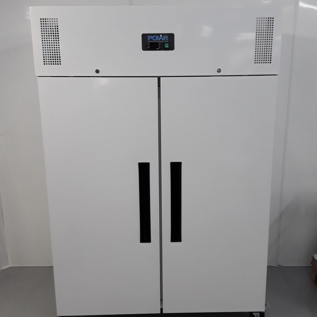 New B Grade Polar CD616 Double Upright Freezer White For Sale