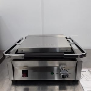 New B Grade Buffalo DY995 Contact Panini Grill For Sale