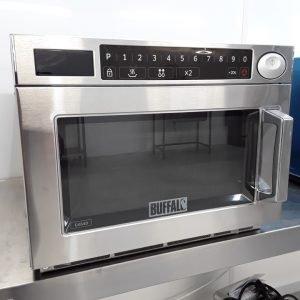 New B Grade Buffalo GK640 Microwave Programmable 1850W For Sale