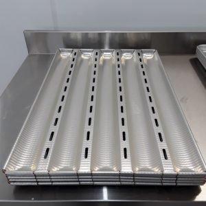 New B Grade Matfer 311119 Baguette Baking Tray X 5 For Sale