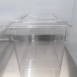New B Grade Cambro  Polycarbonate Food Storage Box & Lid For Sale