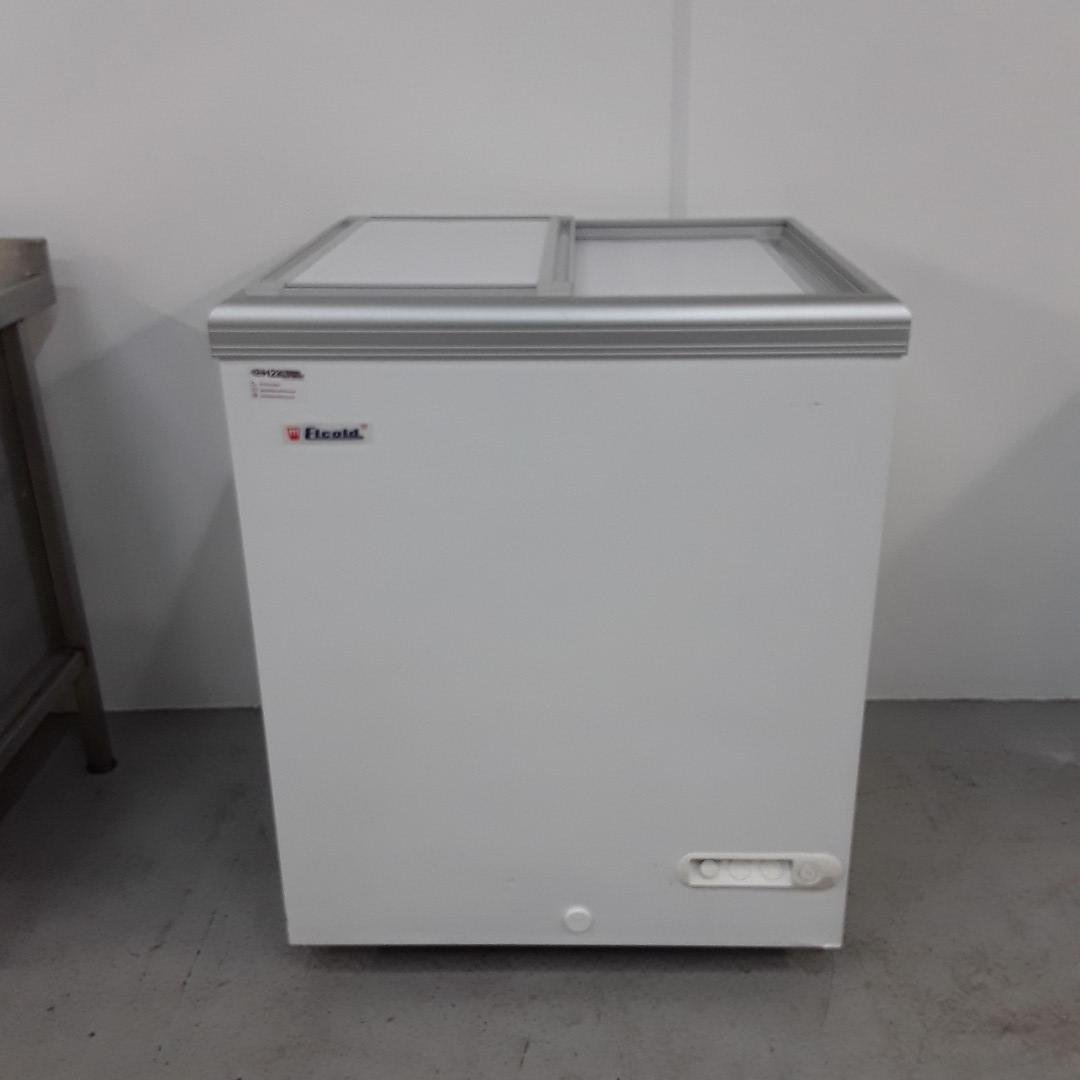 New B Grade Elcold E11SLE Battery Chest Freezer For Sale