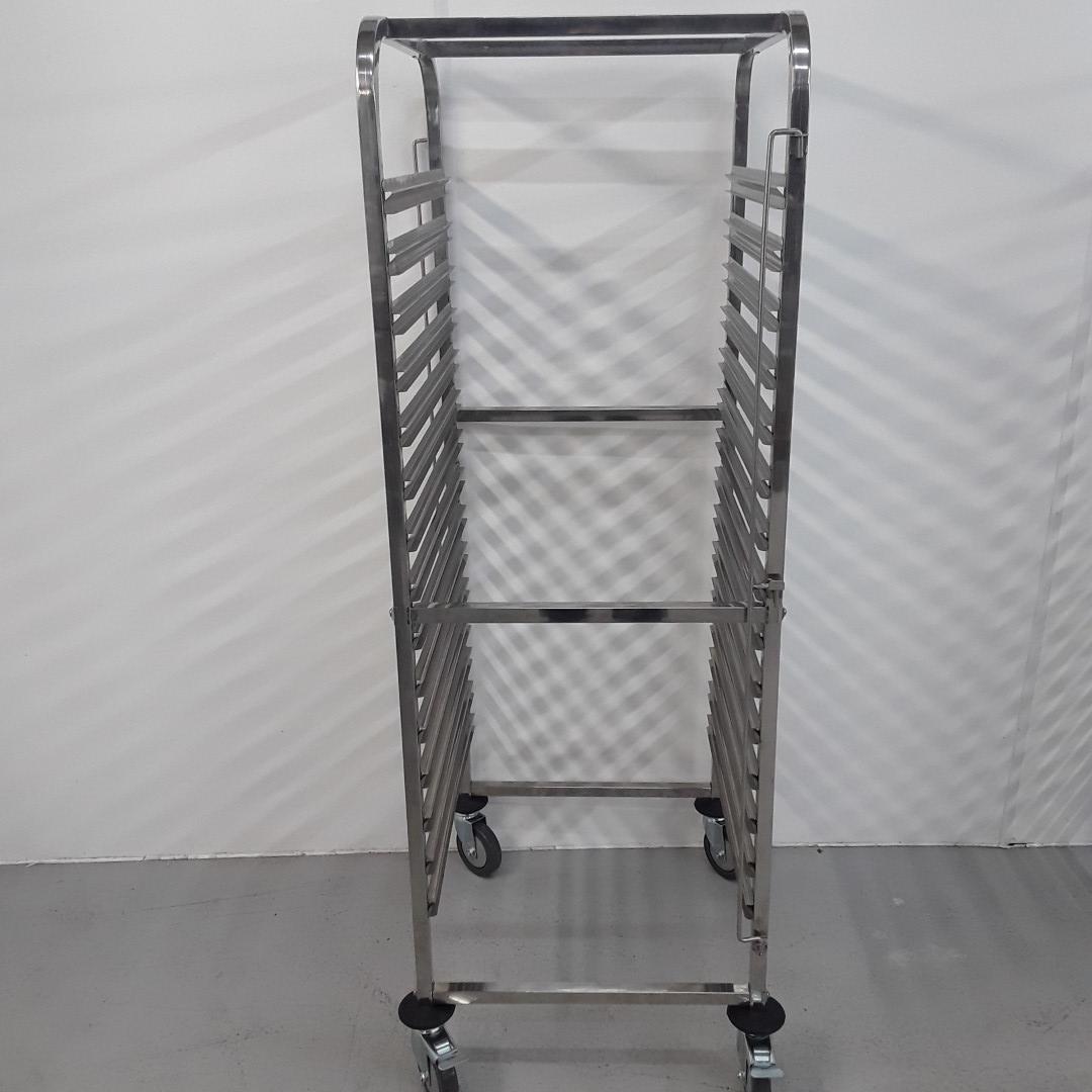 New B Grade Vogue  Gastro Trolley For Sale