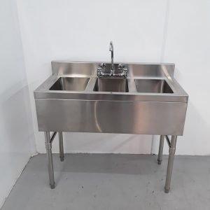 New B Grade   Triple Sink For Sale