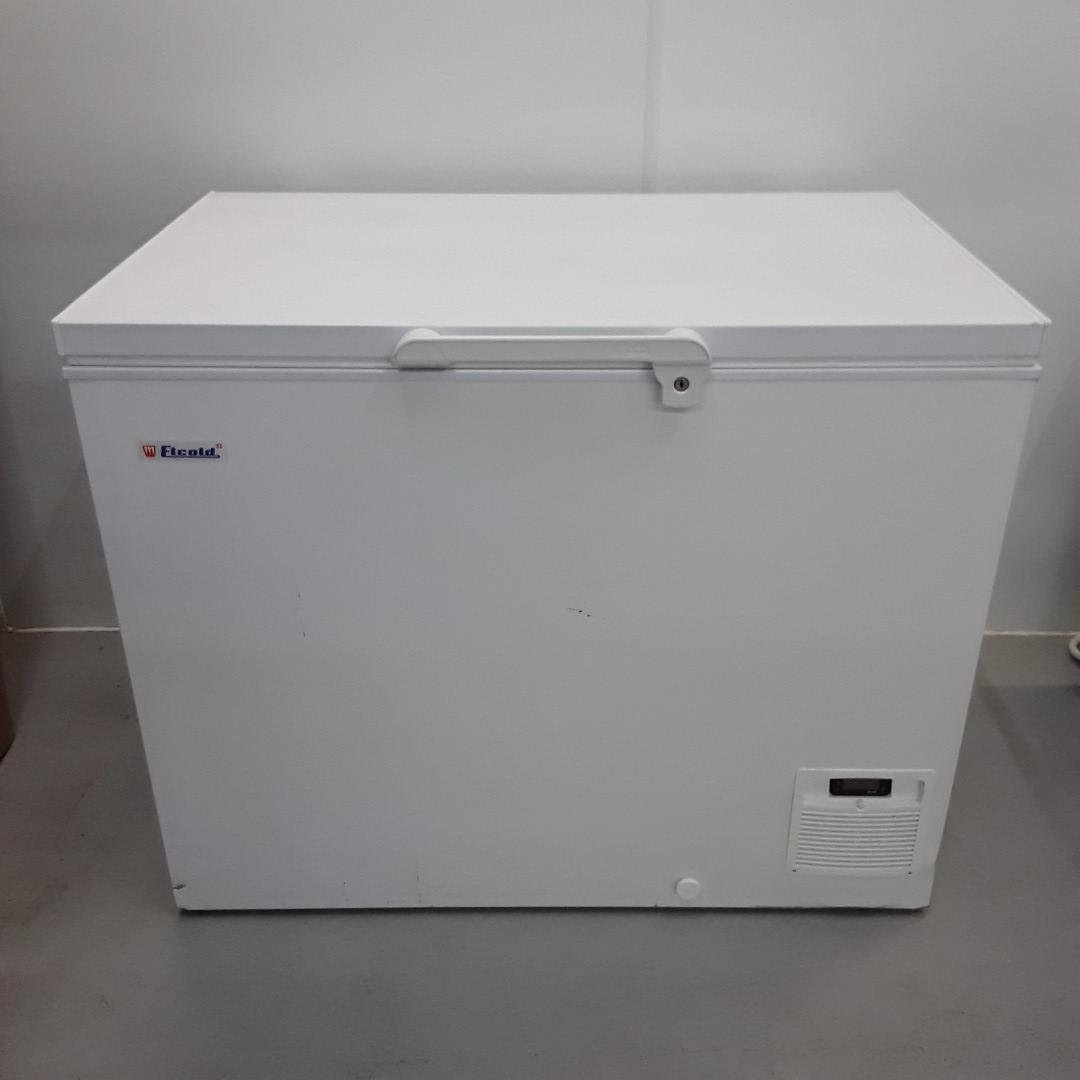 New B Grade Elcold UNI121 Chest Freezer Low For Sale
