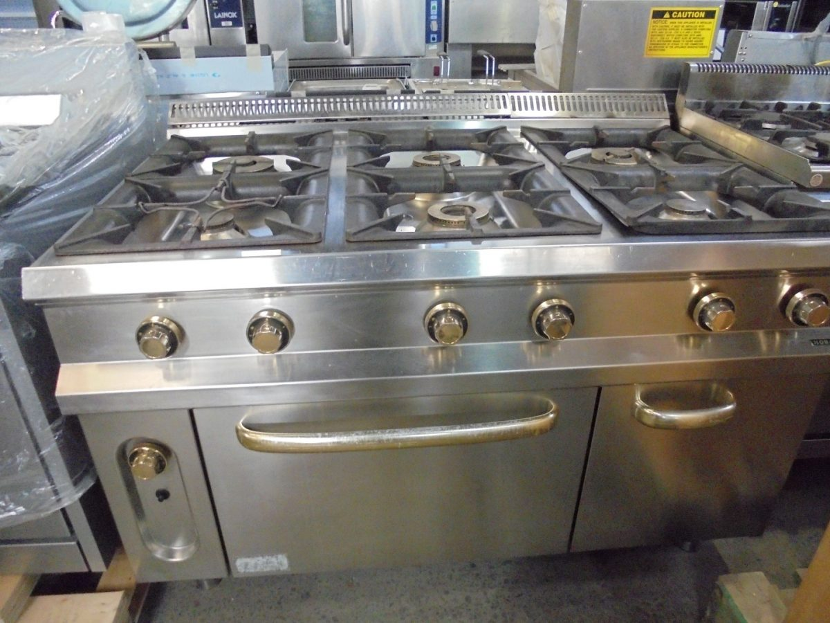Hobart Natural Gas 6 Burner Range Cooker Oven 135cmw X
