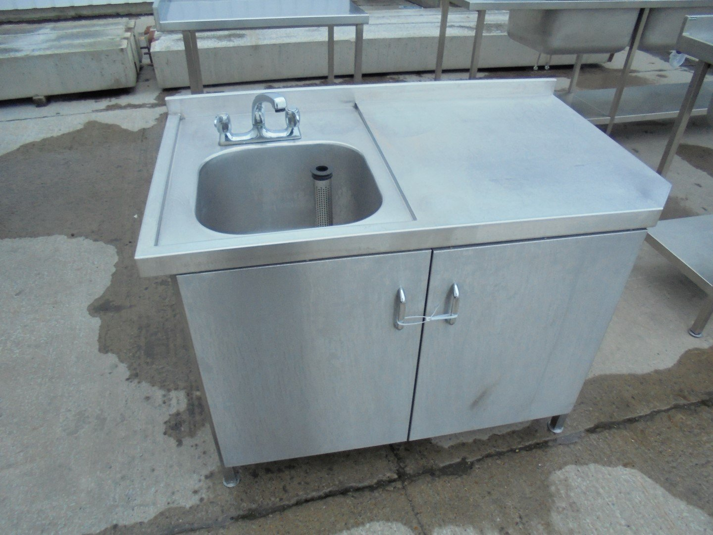 Used Stainless Steel Single Bowl Sink/ Cabinet 120cmW x 71cmD x ...