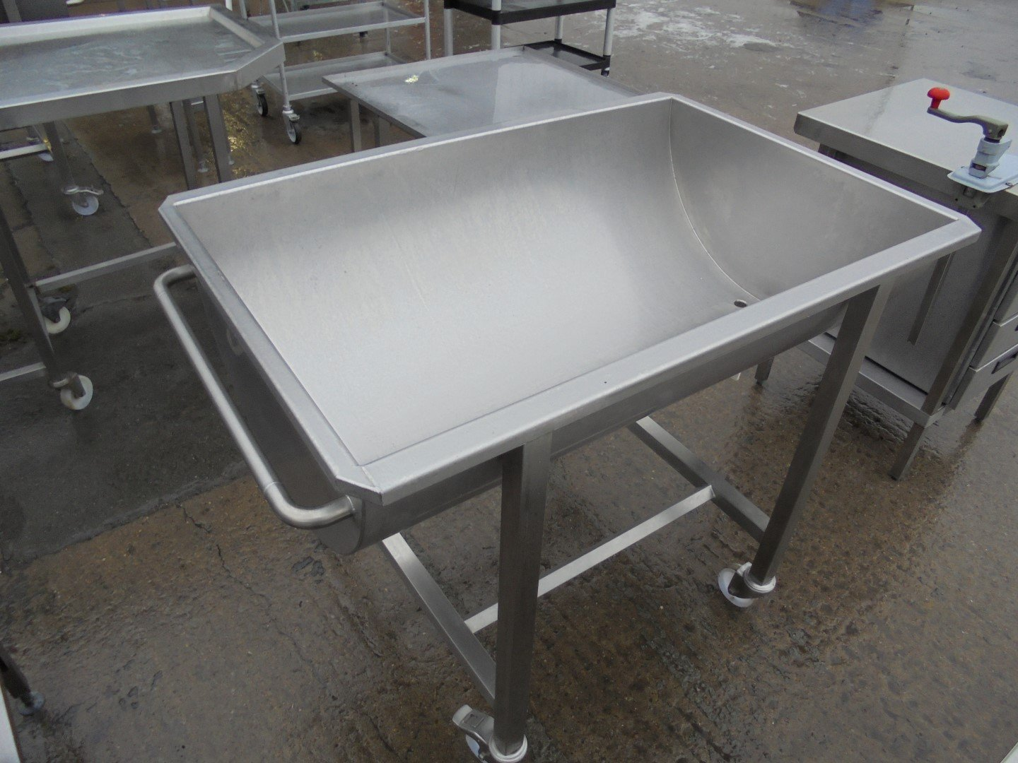 Used Mobile Stainless Steel Mixing Bowl Trough Half Moon