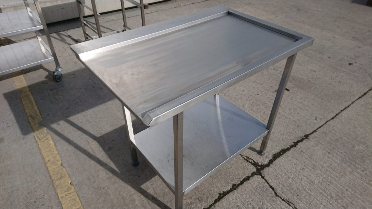 Used Stainless Steel Dishwasher Table CmW X CmD X CmH H - Stainless steel dishwasher table