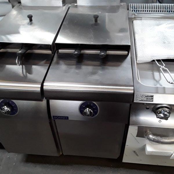 New B Grade Bonnet Hobart B1A9FR18BE-40 Stainless Steel Double Freestanding  Chip Fryer 40cmW x 92cmD x 90cmH