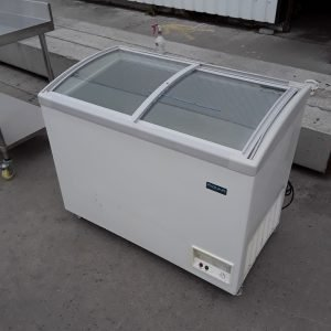 Used Polar DN495 Ice Cream Chest Display Freezer For Sale
