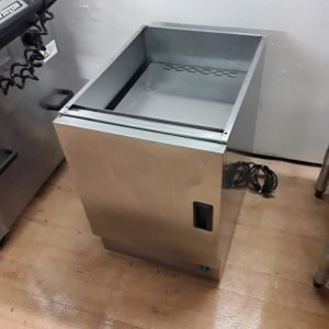 Used Lincat HC4 Stainless Steel Heated Hot Cupboard Base For Sale