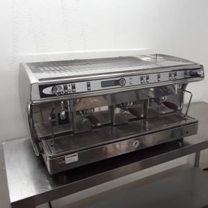 Used CMA SAE. /3-GL Stainless Steel Table Top 3 Group Coffee Machine 104cmW x 54cmD x 51cmH