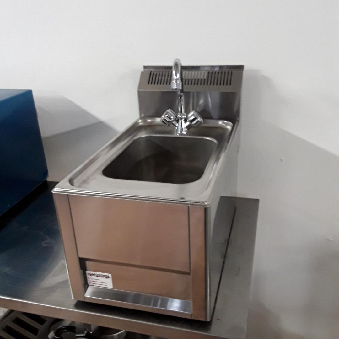 New B Grade RM Gastro UM30 L Stainless Steel Table Top Single Bowl Hand Sink Basin Tap For Sale