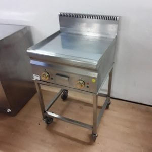 Used Hobart HEFT66LC Stainless Steel Table Top Double Flat Chrome Griddle Trolley For Sale