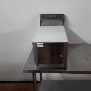 New B Grade RM Gastro PP-30 L Stainless Steel Chopping Block For Sale