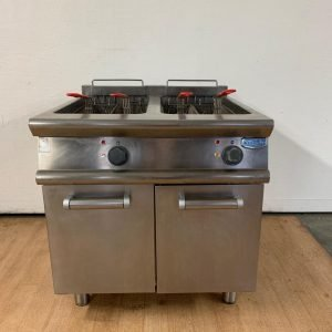 Used Electrolux ZFR/E831 Double Freestanding Fryer For Sale