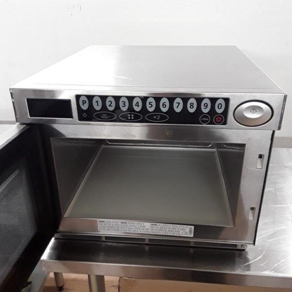 Samsung Microwave Oven Demo: Ex Demo Samsung CM1529 1500W Programmable Microwave 47cmW