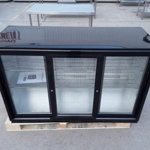 Ex Demo Polar GL006 Triple Bottle Fridge For Sale