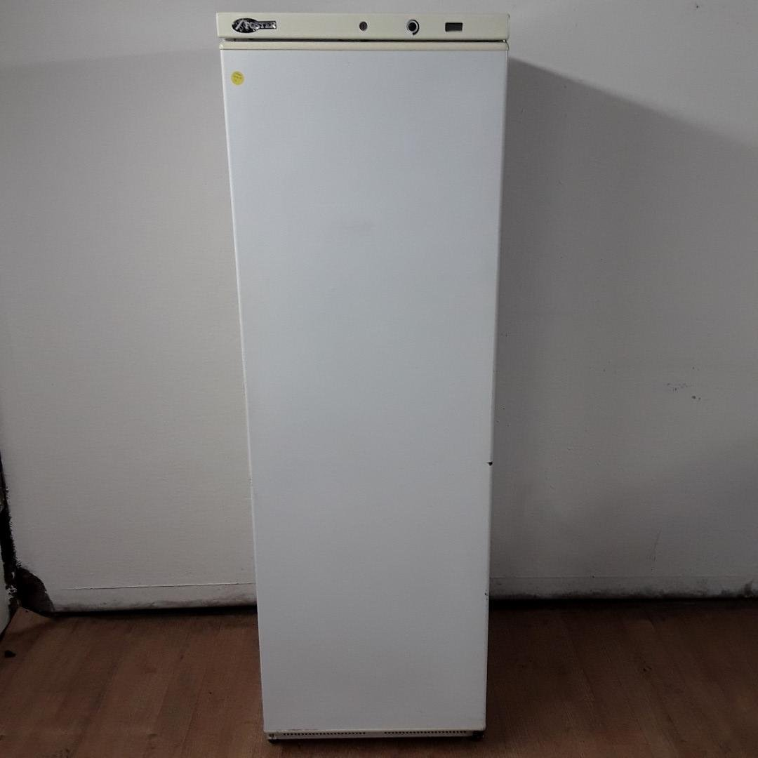 Used Foster FW400 L White Upright Single Freezer For Sale