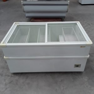 Used Caravell CIU151 Display Chest Freezer For Sale