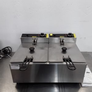 Ex Demo Buffalo L485 Double Fryer Table Top 5L For Sale