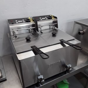 Ex Demo Buffalo GH125 Double Table Top Fryer 8+8L For Sale