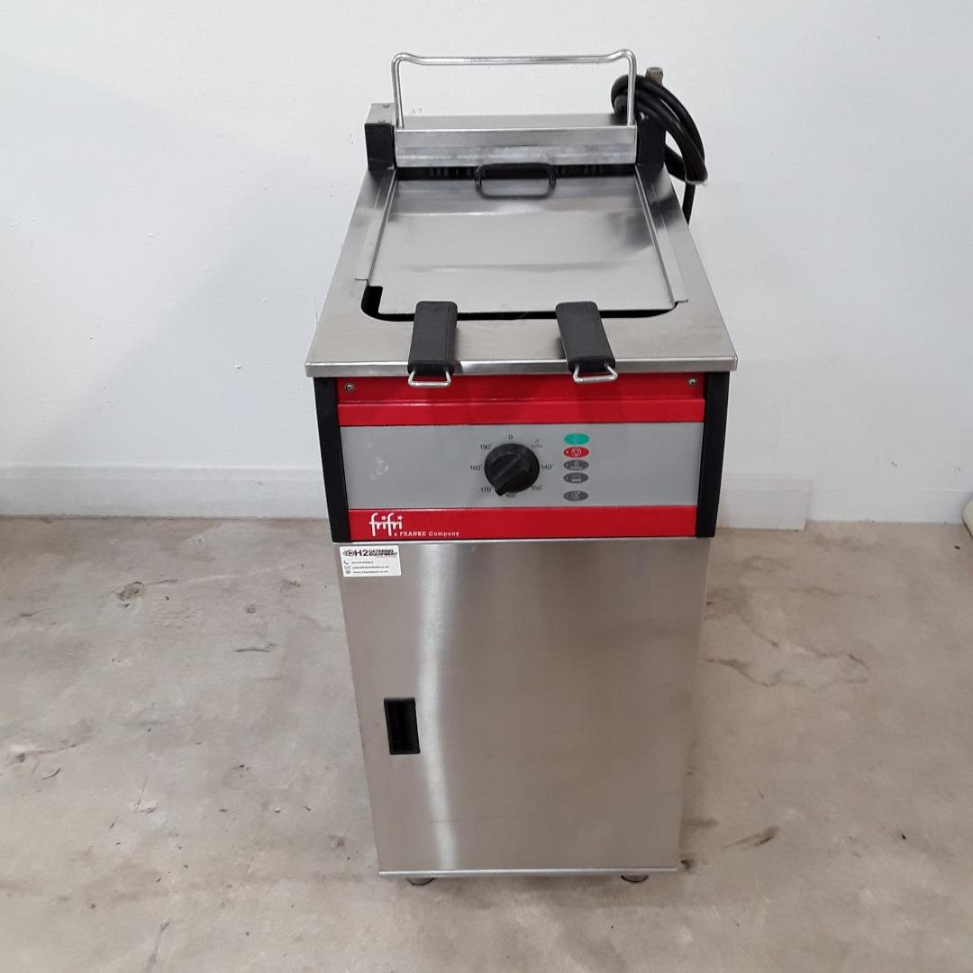 Used FriFri FFS41 Double Freestanding Fryer with Filter For Sale