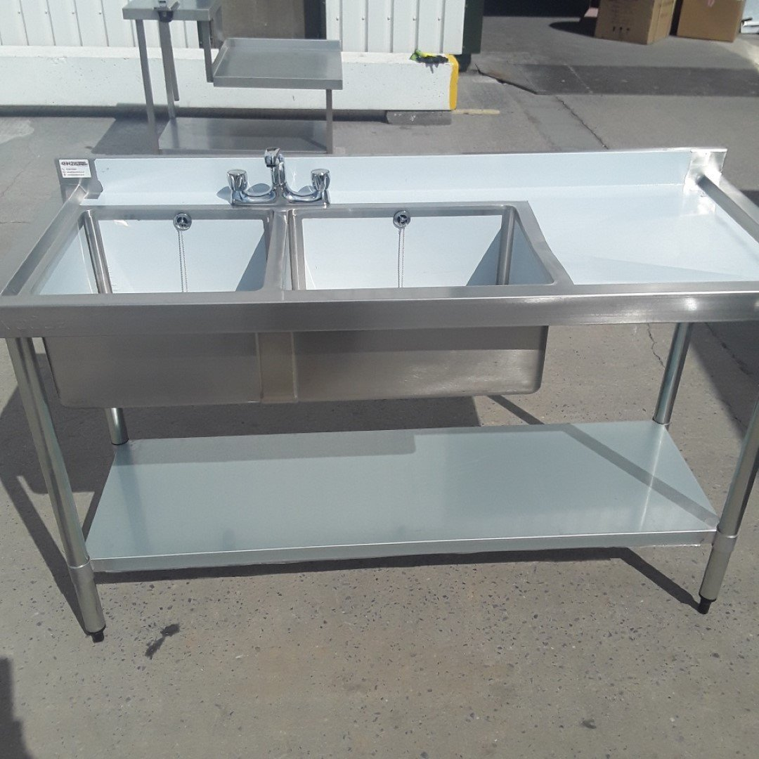 New B Grade Vogue  Stainless Steel Double Sink For Sale