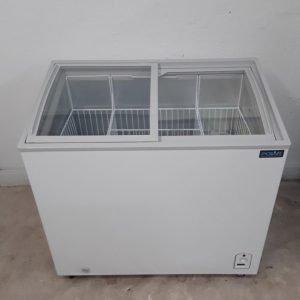 New B Grade Polar CM433 Display Chest Freezer For Sale