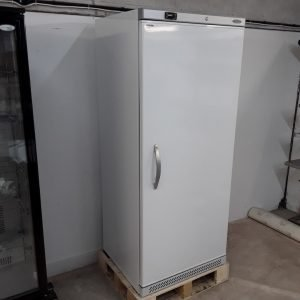 New B Grade Tefcold UF700V White Upright Freezer For Sale