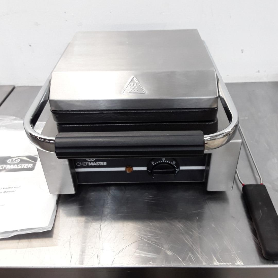 New B Grade Chefmaster HEB081 Double Waffle Maker For Sale
