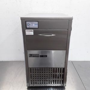 Used Masterfrost C-250 Ice Maker 25 kg For Sale